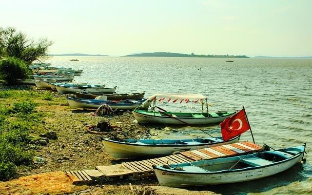Gölyazı, Bursa, Uluabat Gölü