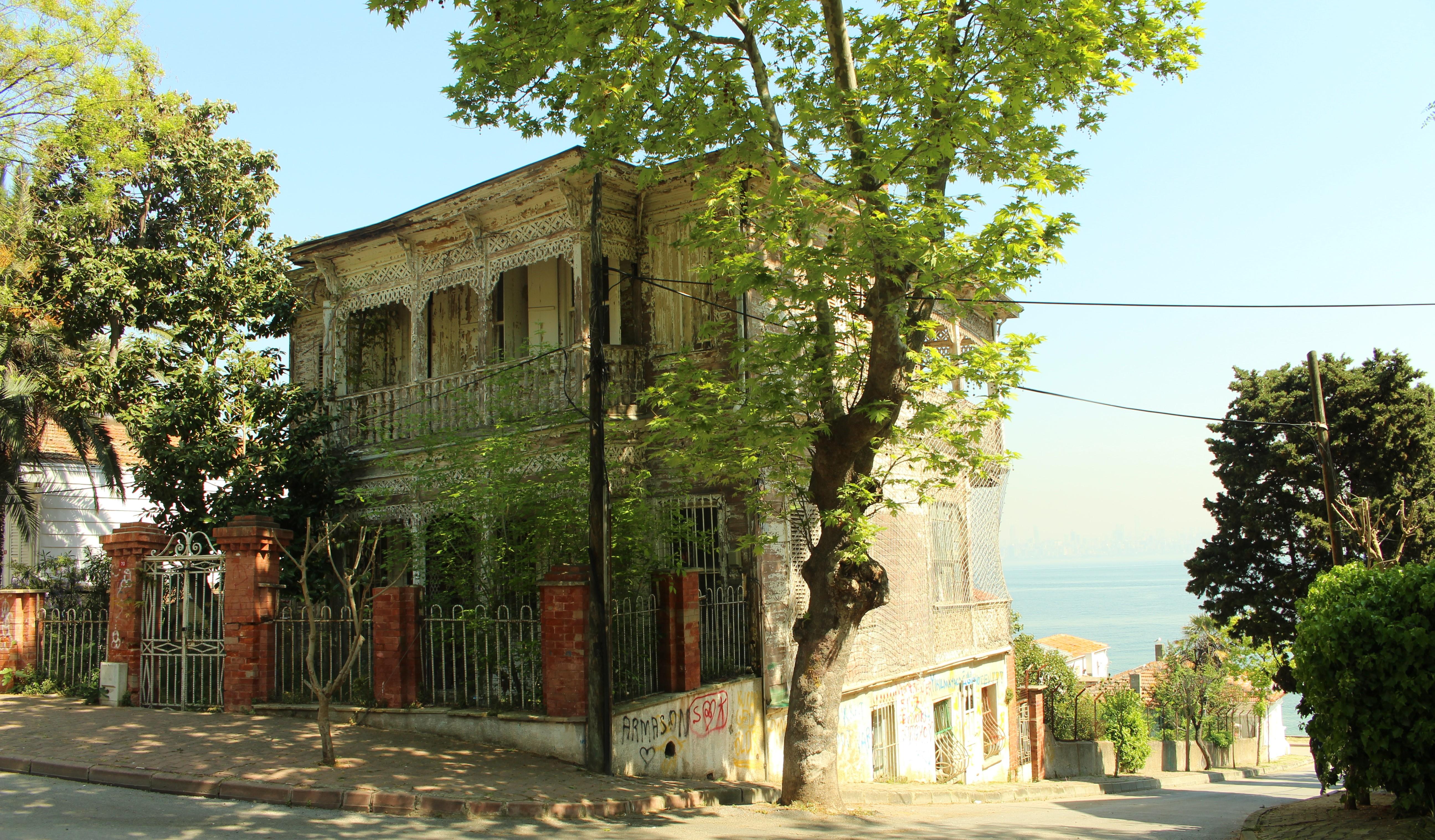 Kınalıada evleri, ada evleri, tarihi evler, Kınalıada
